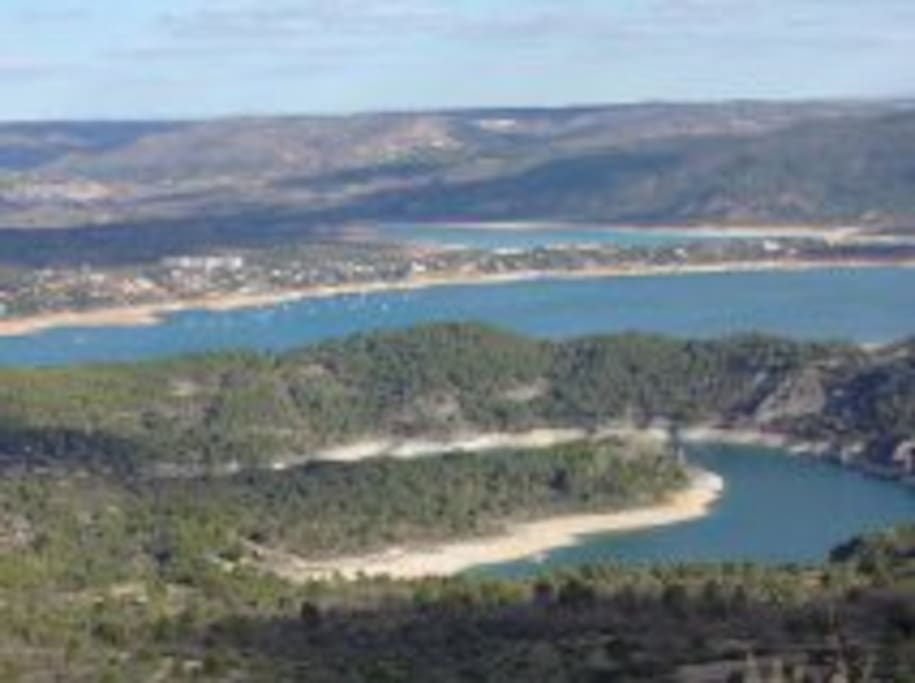sorroundings, reservoir of entrepeñas