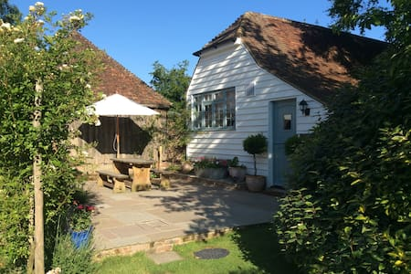 Freshwater Barn, Benenden Kent - House