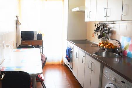 double bedrooms + bathroom - Salamanca