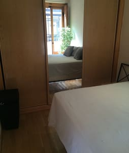 Clasic Madrid Style Apartment in Downtown Madrid. - Madrid - Apartment