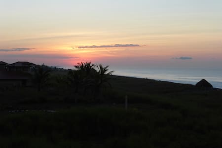 Beautiful Pacific Beachfront Home   - Alanje - House