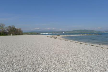 Beach house - Marina Julia
