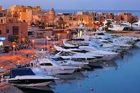 "Unique ""room"", the Marina, elGouna"