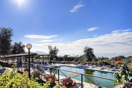 Sorrento Sant'Agata Casa - Panorama Piscina Parco - Sant'Agata sui Due Golfi