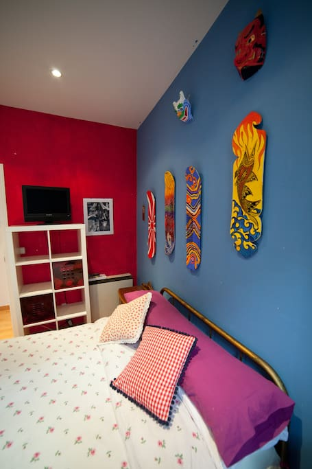 BEAUTIFUL ROOM IN MALASAÑA!!!!!!!!