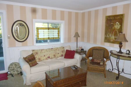 IN TOWN REHOBOTH  PENTHOUSE CONDO - Rehoboth Beach - Appartement