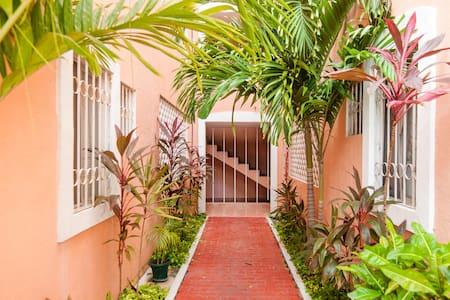 Deux Chambres, Appartement Downtown - Cancun - Appartamento