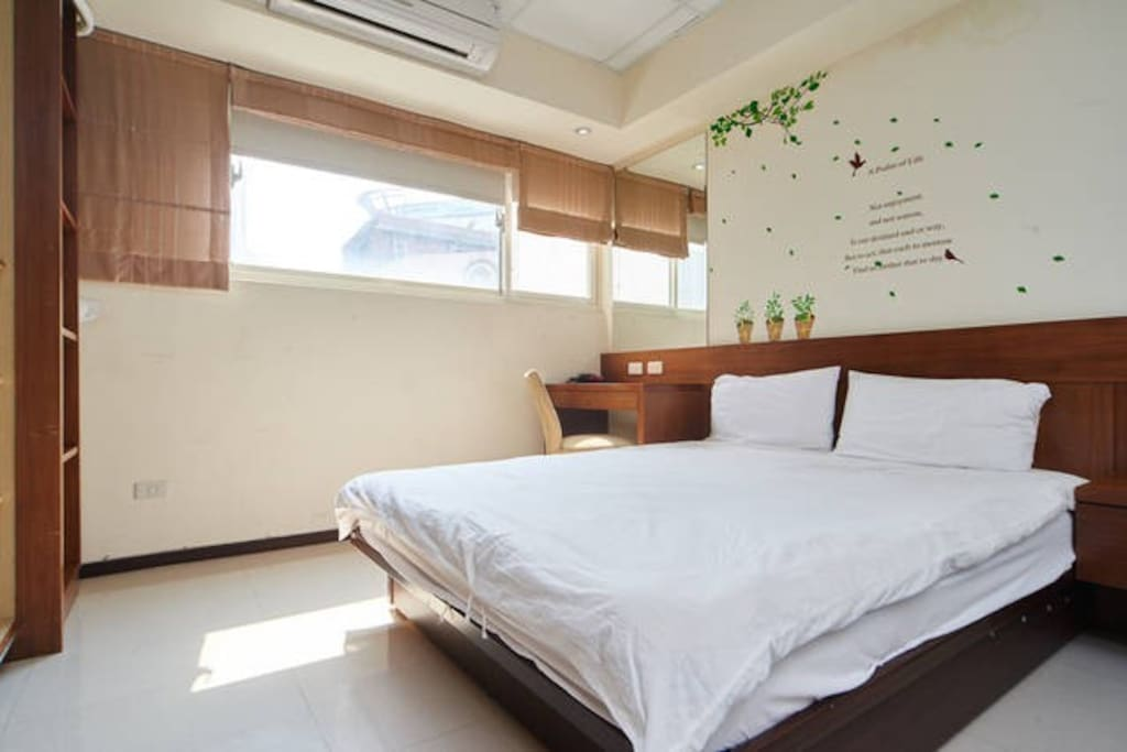 FreeBird Apt 1 min to Ximen MRT