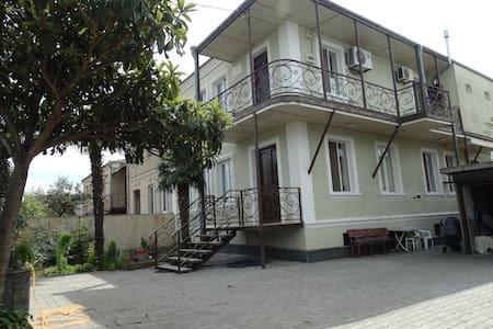 "Guest house ""Sano"" - Kutaisi - House"