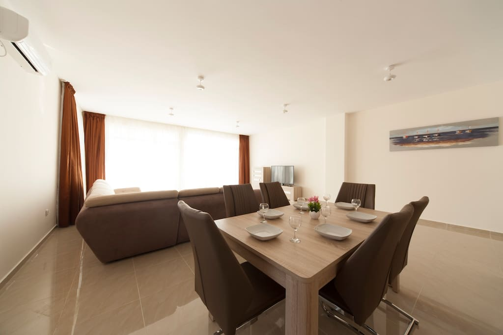 huge spacious living room and fully equipped kitchen