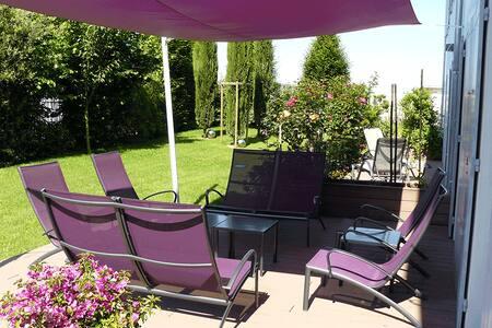 La Villa Cécile Chambre Circle - Bed & Breakfast