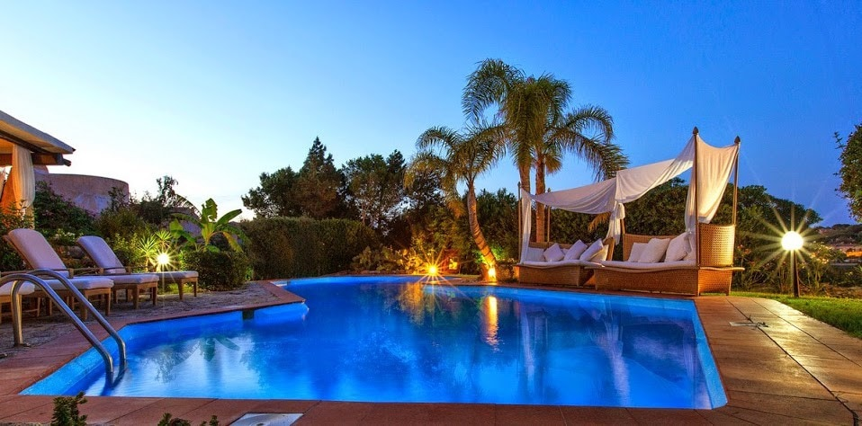Rent a villa in Porto Cervo on the sea without intermediaries