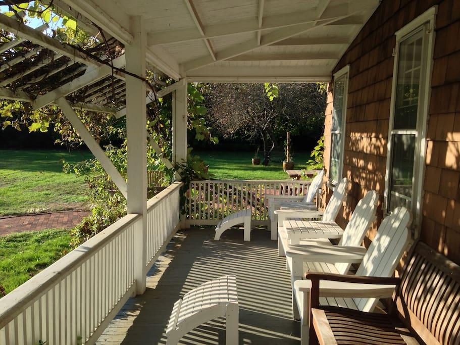 Hampton's Colonial - Quogue
