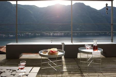 Casa di charme con vista lago - Nesso