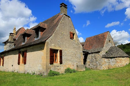 Charming old house, heart of nature - Les Eyzies-de-Tayac-Sireuil - Haus