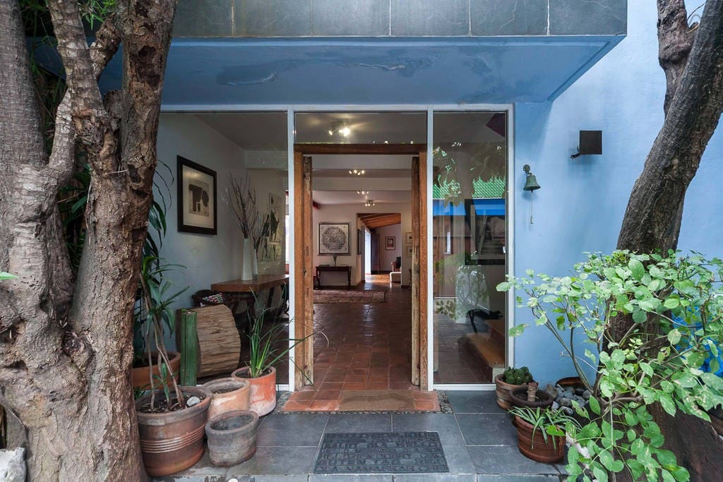 GREAT HOUSE IN S MIGUEL CHAPULTEPEC