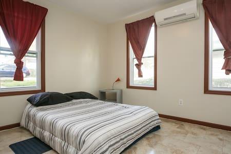 Best Room To Visit NYC (#4) - Hillside