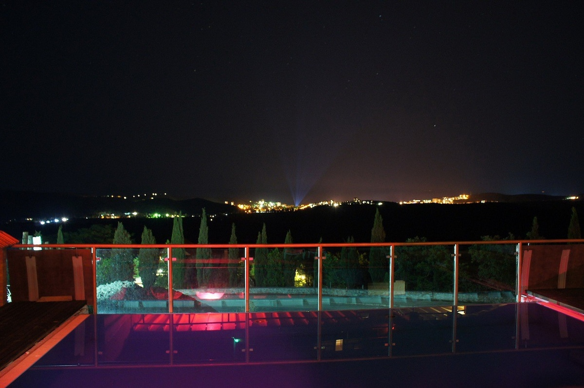 Отель золотой ветер в алуште - официальный сайт, цены, фото,.