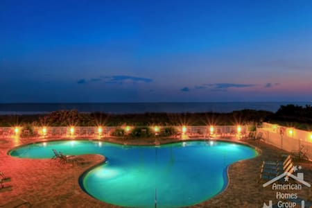 Beautiful 2 Bed with OceanView