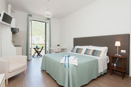 Studio5:Sea View,WI-FI,Kitchen,Park - Appartamento