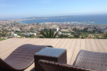 Lovely Flat Golfe Juan with seaview