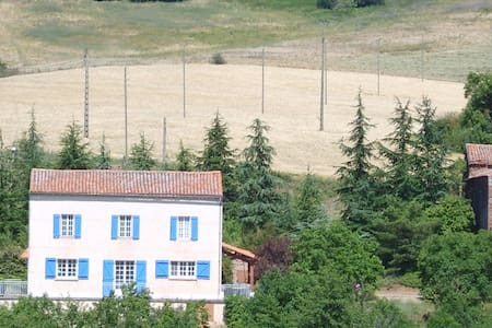 La Grange Basse peaceful bedroom - Huis