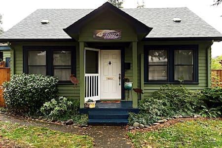 Adeline's Abode~2 Bdrm Bungalow - Eugene - Ev