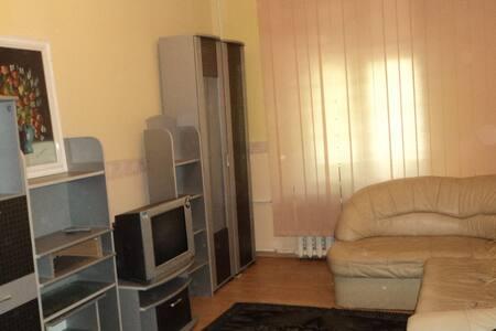 2-я квартира рядом с  Донбасс-Арена