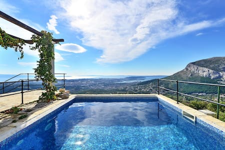 House near Split with unique view! - Klis - Rumah