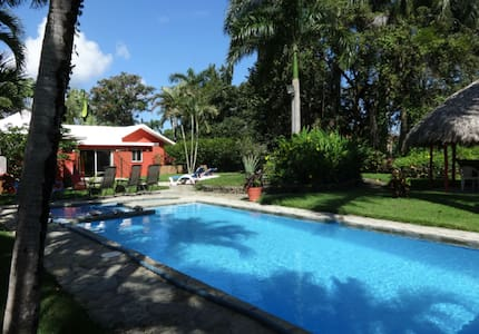 Private villa with pool & yard