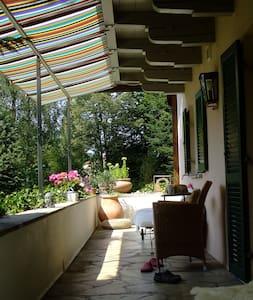 Sehr gemütliches Zimmer im Landhaus - Edling - Casa