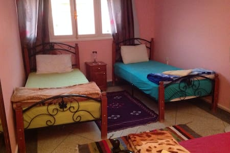 Private room with 2 single beds