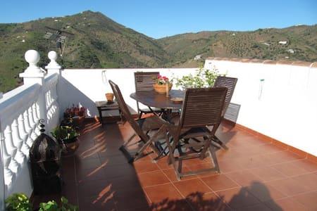 Village Casa close to Costa del Sol - Sayalonga - House
