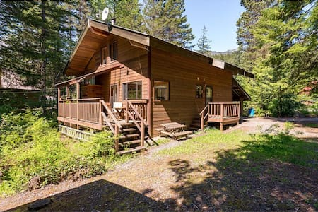 The top 20 whistler vacation cabin rentals airbnb Whistler cabin rentals