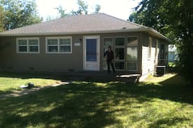 Picture of 3 bedroom home, quiet, accessible