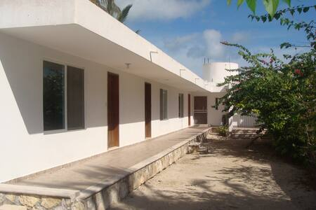 Bella Casa de Playa frente al Mar - Huis