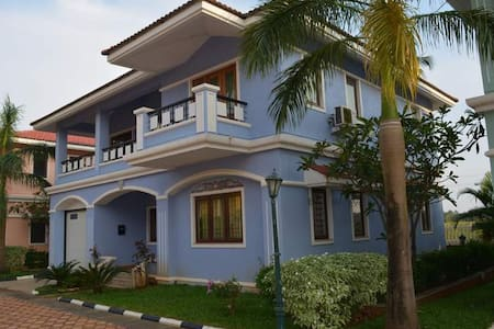 Awesome Luxury Villa at Majorda,Goa - Villa
