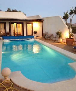 Villa with Pool House &Heated Pool - House