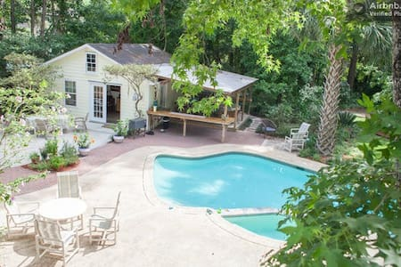 Guest House near beach and Historic Charleston. - Mount Pleasant