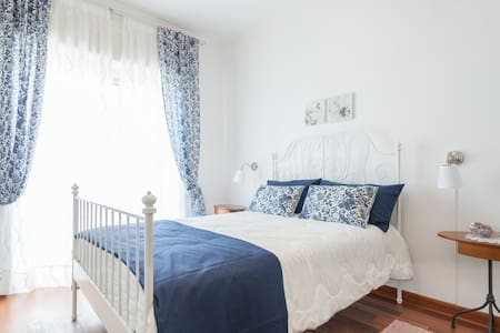 Three double or single rooms - Napoli - Lejlighed