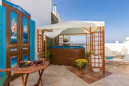Mamis, Solarium Terrace & Jacuzzi! - Rethymno