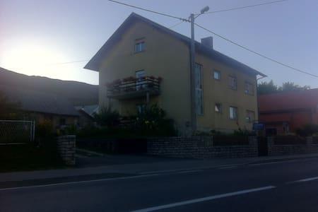 HOUSE ORLIĆ - APARTMENT - Apartemen