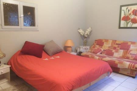 Chez Violette - Apartament