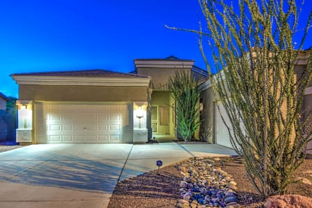 New Listing! NFL,MLB,NHL,NASCAR,GOLF and more!. - Litchfield Park - Hus