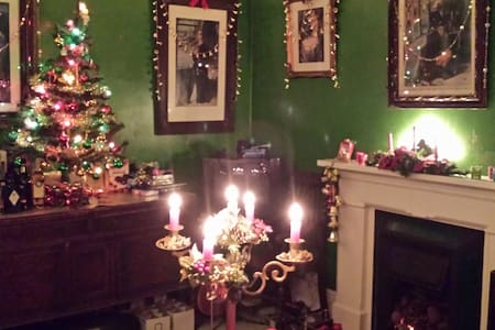 Christmas in our Victorian Home - Dom