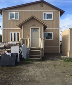 Kotzebue House with Private and Semi-Private Space - Kotzebue - Talo