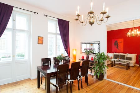 Stylish 3-Zi-TOP-Apartm. in Berlin
