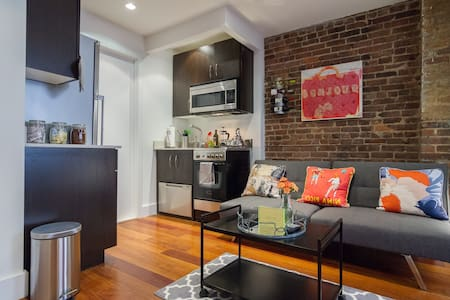 Designer Pad Best Location in NYC! - Nueva York - Departamento