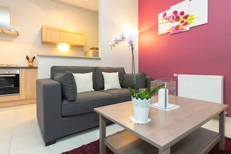 2 pièces 51 m2 centre Avignon - Lägenhet