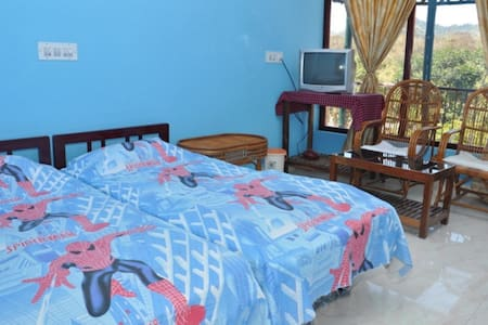 Double Standard Room with Balcony - Bed & Breakfast